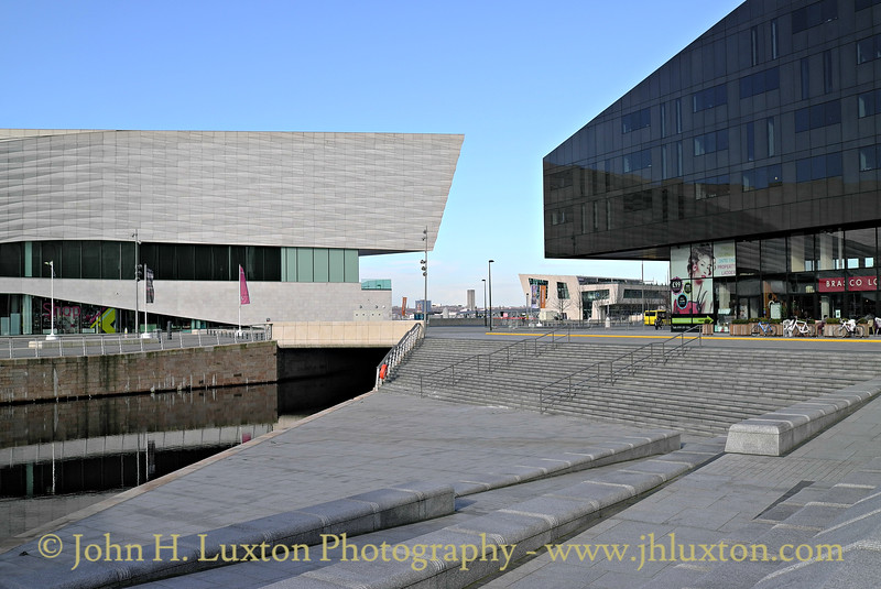 Leeds & Liverpool Canal extension and Pier Head Tunnel - March 01, 2014.