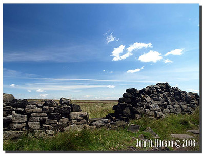 787_J7213242-UK : Dry stone wall in need of repair on Hallam Moors east of Stanage Edge.
