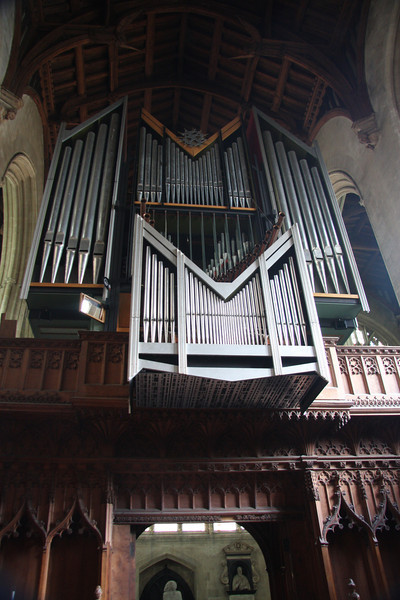 "Organ in the Chapel at New College (founded 1379)   <a href=""http://www.new.ox.ac.uk/history-of-new-college-oxford"">http://www.new.ox.ac.uk/history-of-new-college-oxford</a>"