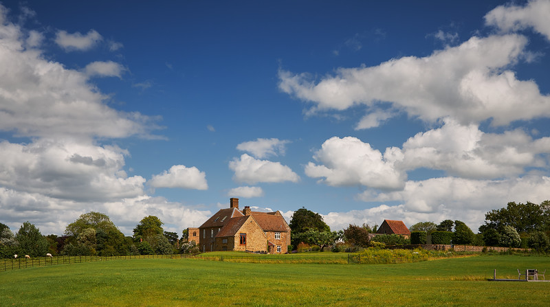 Country house in Aston Le Walls, Northamptonshire