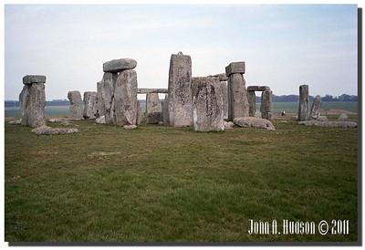1350_1984006-R1-C3-NCS-England : Stonehenge, near Amesbury, Wiltshire