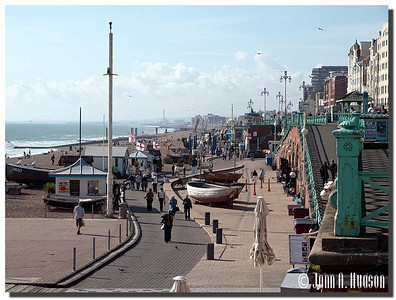 2405_J9201454-England : Sea shore promenade, Brighton, East Sussex