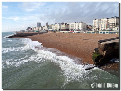 2402_J9201447-England : Sea shore at Brighton, East Sussex