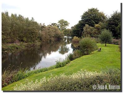 2393_J9181402-England : River Avon, Bradford-on-Avon, Wiltshire