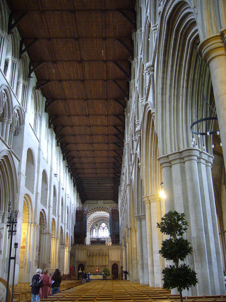 The nave. The north wall (left) features a mix of Norman arches dating back to 1077 and arches in the Early English style of 1200. St. Albans Cathedral, England
