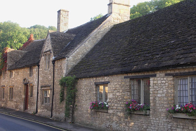 Castle Combe houses
