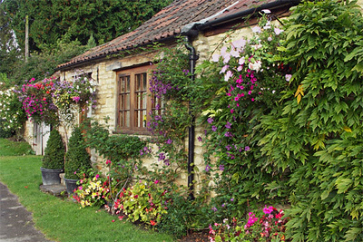 Another view of the same Castle Combe cottage