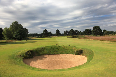 WaltonHeath_Old04FWBunker_2218