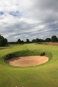 WaltonHeath_Old04BunkerVert_2220