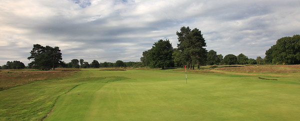 WaltonHeath_New17BackPano_2203