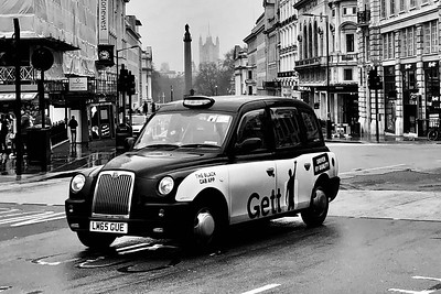 Taxi, Palace of Westminster, London, England