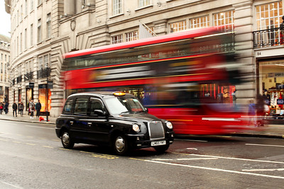 Taxi, Regent Street, London's West End, City of Westminster, London, England