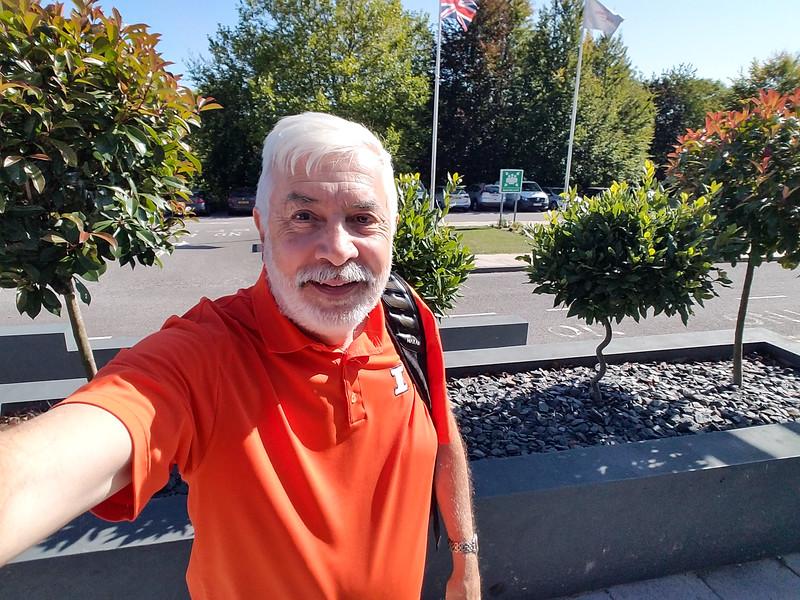 32-Selfie-at-CrownePlazaBasingstoke_17Sep19