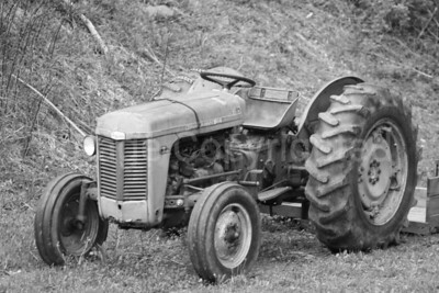 Old farm tractor - 6/12/09