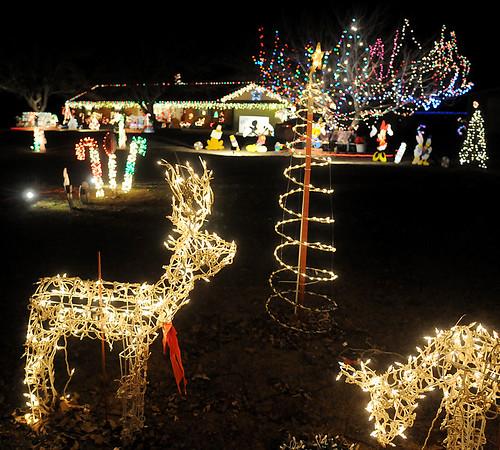 Felber Christmas lights (Staff Photo by BONNIE VCULEK)