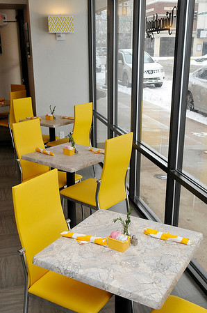 Window seats at the Youngblood Grille, a new lunch restaurant inside Hiland Tower. (Staff Photo by BILLY HEFTON)