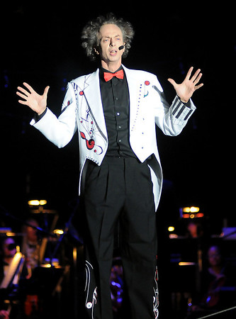 Ambrose from Cirque Musica (Staff Photo by BONNIE VCULEK)