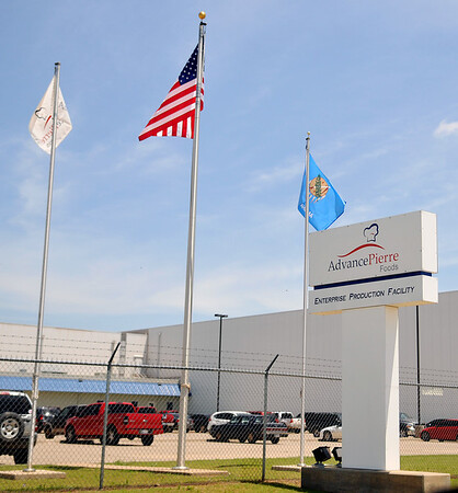 A man died of injuries sustained in an industrial accident in the AdvancePierre Foods Willow Production Facility a 4929 E. Willow Friday, June 19, 2015. (Staff Photo by BONNIE VCULEK)