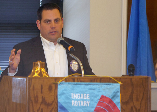 Mike Stuber announces his candidacy for House District 40 seat Monday at the Noon Rotary Club meeting. (Staff Photo by BILLY HEFTON)