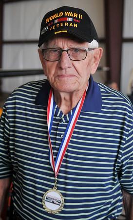 World War II Veteran Robert Klusener (Staff Photo by BONNIE VCULEK)