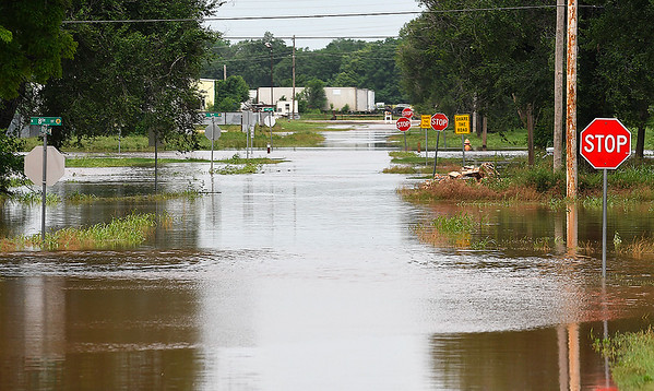 Flooded streets on the westside of KIngfisher Saturday May 25, 2019. (Billy Hefton / Enid News & Eagle)