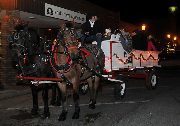 Enid Lights Up the Plains Wagon Rides (Staff Photo by BONNIE VCULEK)