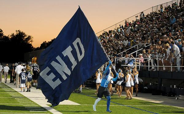 Enid vs Choctaw. (Staff Photo by BILLY HEFTON