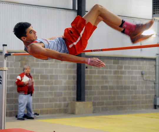 Indoor Track Lonnie Leighton