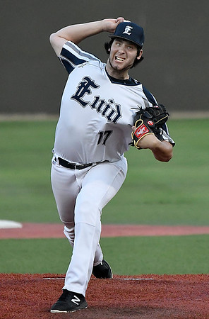 Enid Majors' Evan Kowalski delivers a pitch against the Colorado Khoas during the Connie Mack Regional Qualifing Tournament June 14, 2018 at David Allen Memorial Ballpark. (Billy Hefton / Enid News & Eagle)