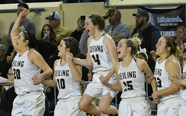 Seiling starters Karly Gore (20), Kiya Whetstone (10), Asia Pellegrina (14), Raylee Tautfest (15) and Macy Gore watch the final seconds of the Lady Cats' 76-41 win over Hydro-Eakly in the Class A state championship game Saturday March 2, 2019 at the State Fair Arena in Oklahoma City. (Billy Hefton / Enid News & Eagle)