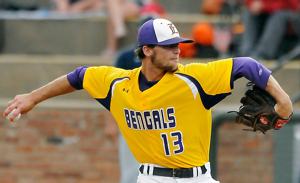 LSU-Eunice's Brady Domangue delivers a pitch against Madison Friday at David Allen Ballpark. Domangue threw a complete game shut out as the Bengals advanced to the championship game of the NJCAA Div II World Series.(Staff Photo by BILLY HEFTON)