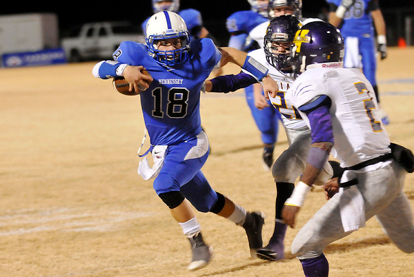 Hennessey's Tony Mendoza runs for the sideline during a last minute drive in the Eagles 21-20 loss to Vian in the third round of the Class 2A playoffs Friday. (Staff Photo by BILLY HEFTON)