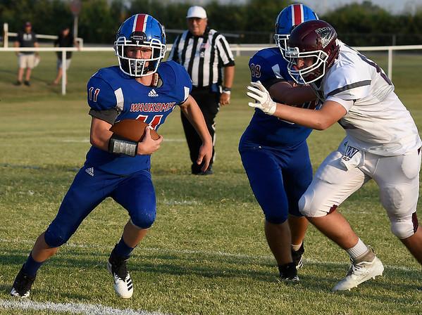 Waukomis' Ricky Woodruff carries the ball against Waynoka August 28, 2020 at Waukomis High School. (Billy Hefton / Enid News & Eagle)