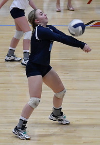 Enid's Kayla Kelley returns the ball against Tulsa Kelley Tuesday September 11, 2018 at the NOC Mabee Center. (Billy Hefton / Enid news & Eagle)