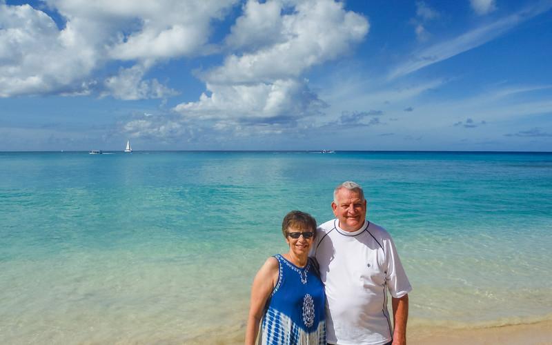 2015-01 Barbados Trip_0401 Ron & Anita on the Beach