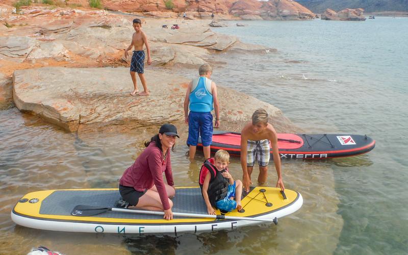 2015-10-16 Enloe Family at the Lake_0003 - Lindsey, Leif & Jackson