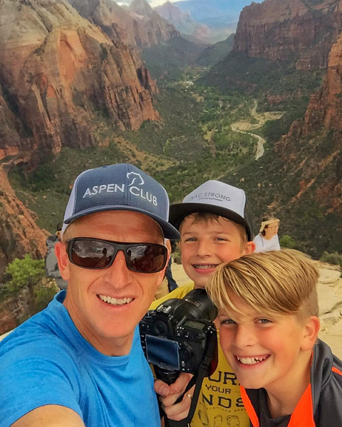 2015-10-17 Enloe Family at Zion National Park_0010 - Corey, Malik & Rhys on Angels Landing