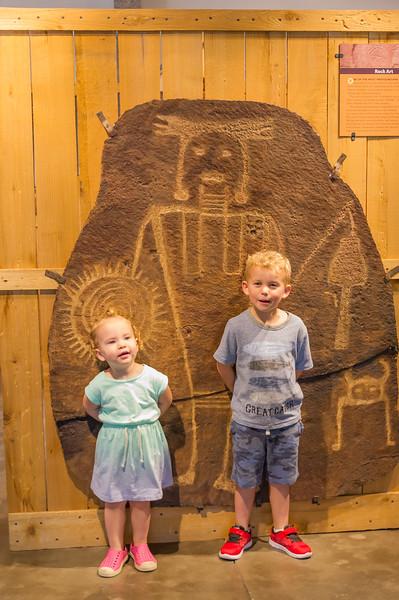 2016-08-27 Walker & Maggie at the Vernal Dinosaur Museum_0131