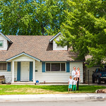 2018-07-07 Jeff & Children in Front of his Childhood House_0007