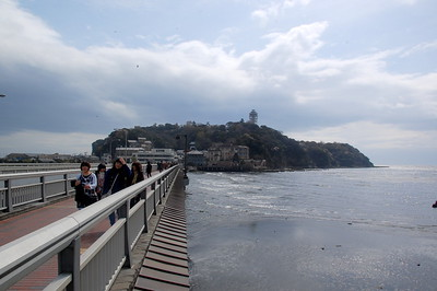 The bridge connecting Enoshima to Katese