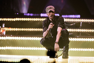 Enrique Iglesias  live at The Palace on 6-28-2017. Photo credit: Ken Settle