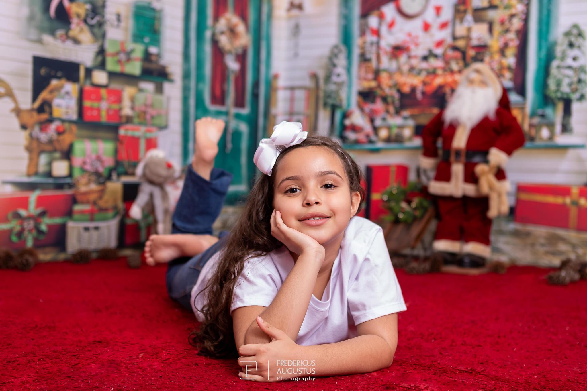 ensaio fotografico de Natal da minha fofa Ana Luísa, com cenário em 3D, que em todos os ângulos as fotos ficaram maravilhosas