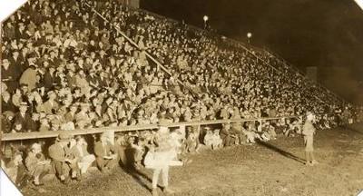 1931 Playground Circus I (01635)