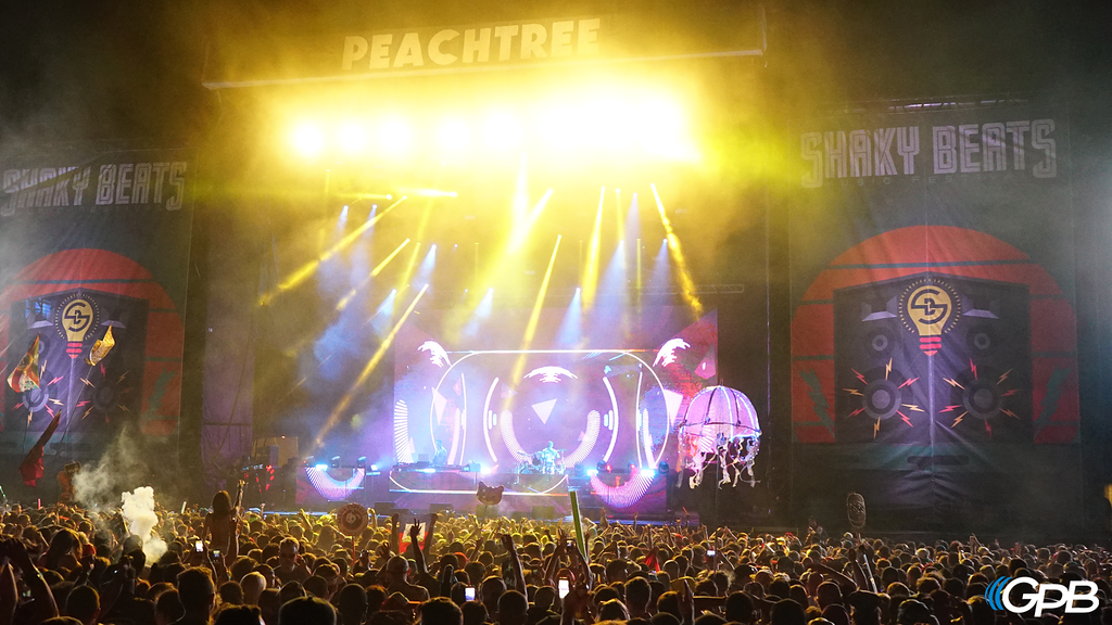 Big Gigantic closes the festival with a final set at the Peachtree Stage.