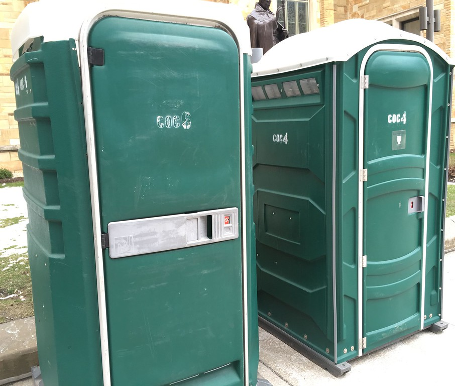 . David S. Glasier � The News-Herald <br> Even the portable toilets wear the day\'s dominant color