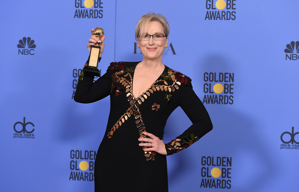 . Meryl Streep poses in the press room with the Cecil B. DeMille award at the 74th annual Golden Globe Awards at the Beverly Hilton Hotel on Sunday, Jan. 8, 2017, in Beverly Hills, Calif. (Photo by Jordan Strauss/Invision/AP)