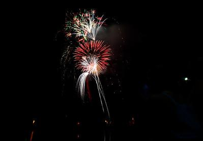 Bellows Falls fireworks stun audience - 080616