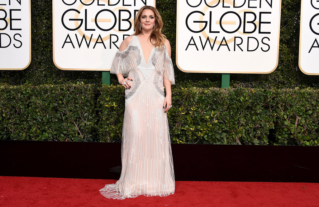 . Drew Barrymore arrives at the 74th annual Golden Globe Awards at the Beverly Hilton Hotel on Sunday, Jan. 8, 2017, in Beverly Hills, Calif. (Photo by Jordan Strauss/Invision/AP)