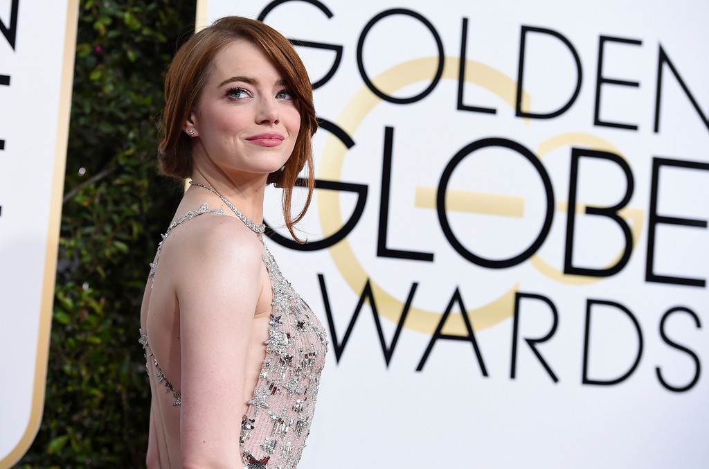 . Emma Stone arrives at the 74th annual Golden Globe Awards at the Beverly Hilton Hotel on Sunday, Jan. 8, 2017, in Beverly Hills, Calif. (Photo by Jordan Strauss/Invision/AP)