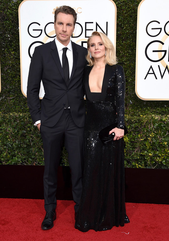 . Dax Shepard,left, and Kristen Belll arrive at the 74th annual Golden Globe Awards at the Beverly Hilton Hotel on Sunday, Jan. 8, 2017, in Beverly Hills, Calif. (Photo by Jordan Strauss/Invision/AP)